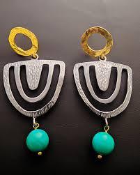 es 128 es 128 earrings with stones