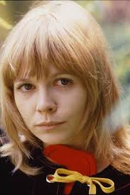 A young and beautiful Katy Manning | Doctor who, Doctor who ...