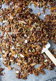 gluten free granola with nuts coconut