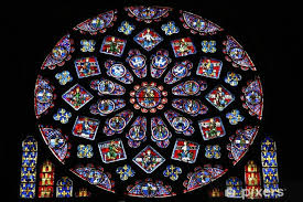rose stained glass window in chartres