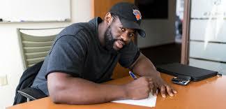 Defensive Tackle Shamar Stephen Signed for Seahawks - FlashSport 24