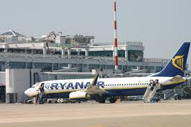 Ryanair dal 1° dicembre opera un volo diretto da Bari a Catania