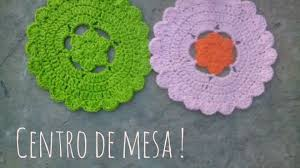 crochet centro de mesa con flor paso