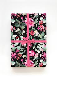winter fl gift wrapping sheets
