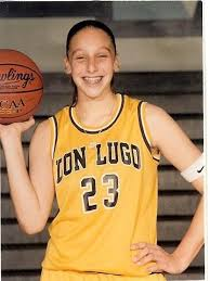 Chino, Calif. native Diana Taurasi was named the National High School  Player of the Year in 2000 whi… | Uconn womens basketball, Uconn  basketball, Sports basketball