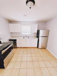 3088 West 116th Street #Up, Cleveland, OH 44111 2 Bedroom Apartment for  Rent for $650/month - Zumper