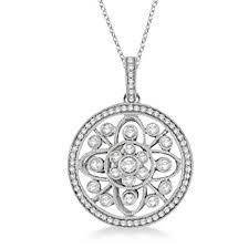 vintage style circle pendant necklace