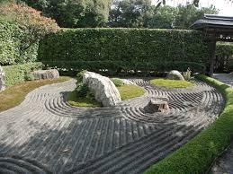 fences in the tsubo en zen garden