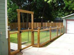 Outdoor Room Outdoor Oasis Today S Creative Life Backyard Fences Wire And Wood Fence Backyard