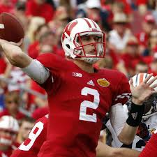Wisconsin football 2015 preview: Joel Stave leads Badgers' offense at  quarterback - Bucky's 5th Quarter