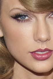 makeup tricks for women with hooded eyes