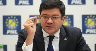 """Ministrul Mediului l-a pus director pe cumătrul """"penal"""" - Flux24.ro"""