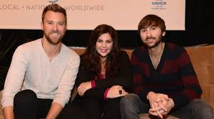 Hillary Scott is expecting a girl