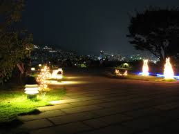 13 Best Outdoor Solar Lights To Illuminate Yards And Outdoor Spaces Conserve Energy Future