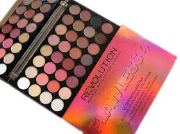 makeup revoution ultra 32 eyeshadow