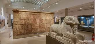 Ashmolean Museum of Art and Archaeology travel guidebook –must ...
