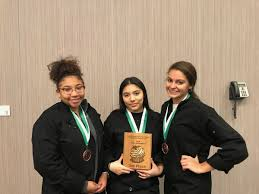 Southtowners: Oak Lawn students earn sweet prize at pastry ...