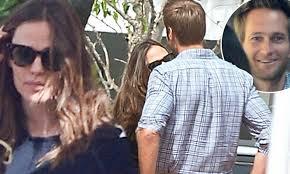 Jennifer Garner has lunch date with her ...