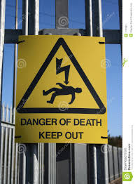 881 Electric Fence Danger Sign Photos Free Royalty Free Stock Photos From Dreamstime