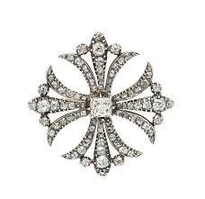 gold and diamond maltese cross pendant