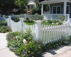 Home White Fence Ideas Creative On Home With Regard To Attractive Vinyl Fences As Economical Selection For Fencing 22 White Fence Ideas Incredible On Home In Astonishing Unusual Front Yard Picket Fencing