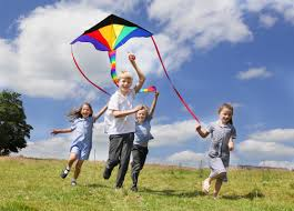 Threshfield School pupils have fun flying kites | Craven Herald