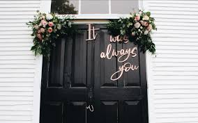 fan of quotes you ll love these wedding decor ideas