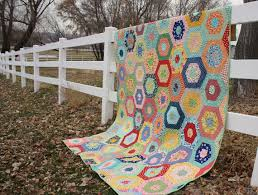 Scrappy Giant Hexagon Quilt Diary Of A Quilter A Quilt Blog
