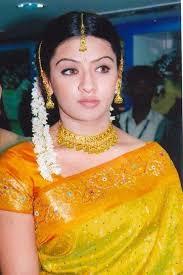 Aarthi Agarwal Biography   Singavarapu