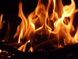 Kết quả hình ảnh cho ngọn lửa đêm đông
