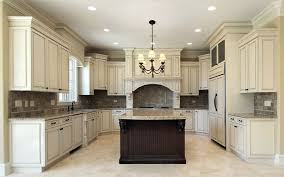 paint kitchen cabinets to look antique