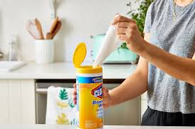 clorox wipes cleaning and disinfectant