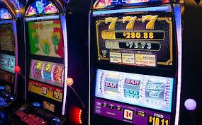 Casino Cruise | Casino & Amazing Games | Royal Caribbean Cruises
