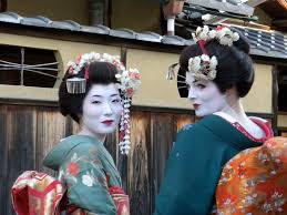 are geisha s with bird