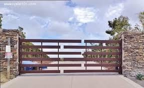 25 Fantastic Wrought Iron Driveway Gate Design Ideas