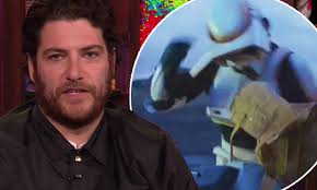 Adam Pally talks about punching Baby Yoda in The Mandalorian ...