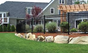 Bellingham Ma We Provide Only The Best For Your Property New England Fences