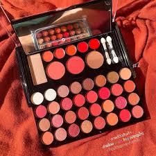e l f studio makeup clutch palette