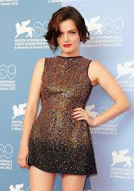 Roxane Mesquida from Kiss of the Damned | Beautiful people, Fashion, Great  movies