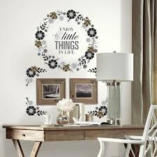 Roommates Roommates Gerber Daisies Peel And Stick 25 Piece Wall Decals Rmk1279gm The Home Depot
