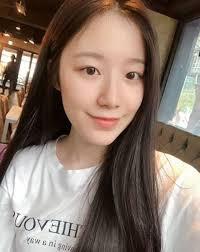 don t wear makeup g i dle shu hua