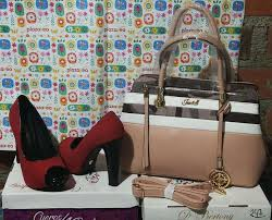 Zapatos Rojos Talla 37 Elba Smith Y Cartera Crema - Ropa y Calzado -  1067219921