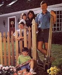 Design And Build A Wood Fence Diy Mother Earth News