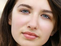 9 tips to look beautiful without makeup