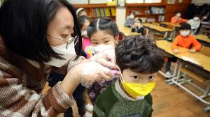 Coronavirus cinese, esiste un vaccino? Le possibili cure e le ...