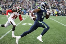 Rookie Metcalf plays like veteran in Seahawks' win | HeraldNet.com
