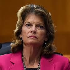 Lisa Murkowski 'Struggling' With Decision to Vote for Trump