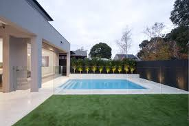 A Step By Step Guide To Diy Glass Pool Fencing Golden Raintree Gardens