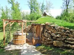 maison de hobbit chez nid2reve has