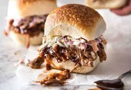 slow cooker bbq pulled pork sandwich